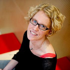 Mirjam Guenther-Van der Meij